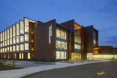 Centennial College, Канада