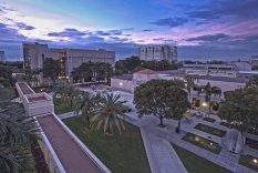 Florida International University, США