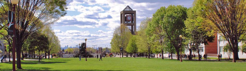 QUEENS COLLEGE (НЬЮ-ЙОРК) выбираем, где учиться в США - в Нью-Йорке или в Бостоне? 20 квітня вибираємо, де вчитися в США — в Нью-Йорку або в Бостоні?